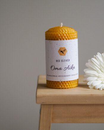 Oma-aika-mehiläisvaha-kynttilä-bee-clever